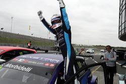 Race winner Gianni Morbidelli, West Coast Racing, Volkswagen Golf GTi TCR