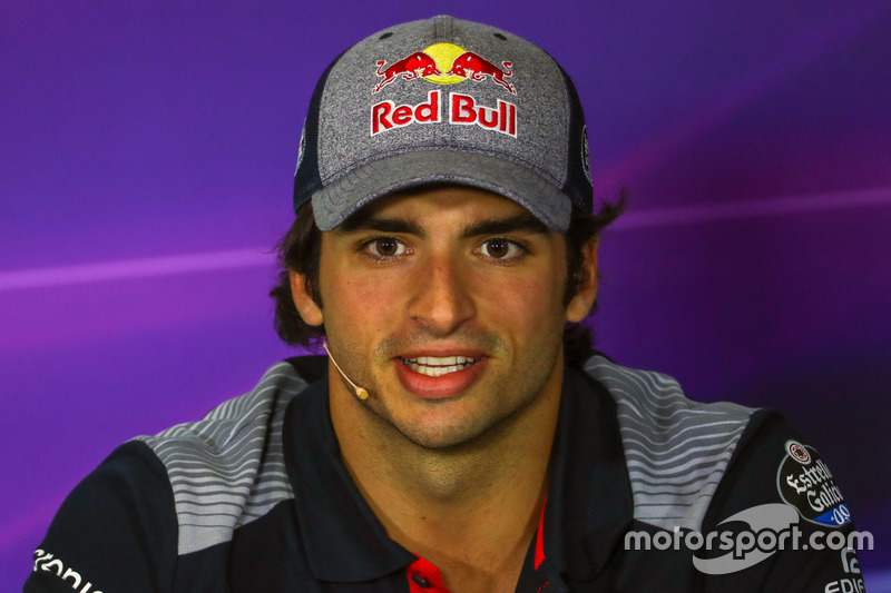 Carlos Sainz Jr., Scuderia Toro Rosso in the Press Conference