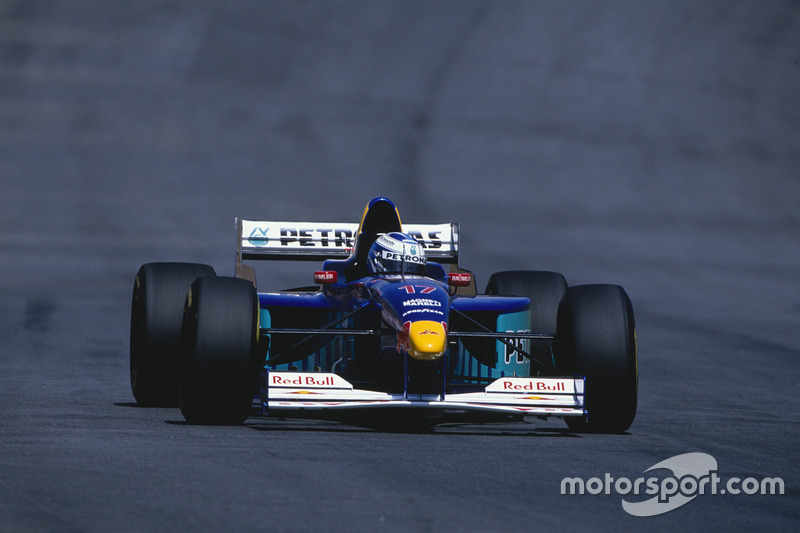 #17: Nicola Larini, Sauber, C16
