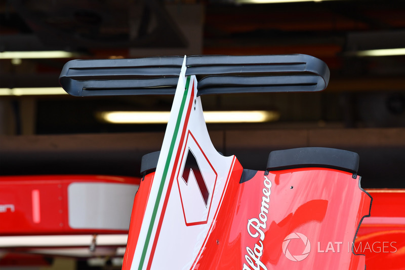 Ferrari SF70H bodywork and engine cover wing detail