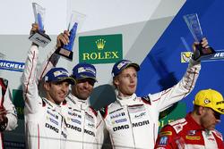Podium: third place #1 Porsche Team Porsche 919 Hybrid: Timo Bernhard, Mark Webber, Brendon Hartley