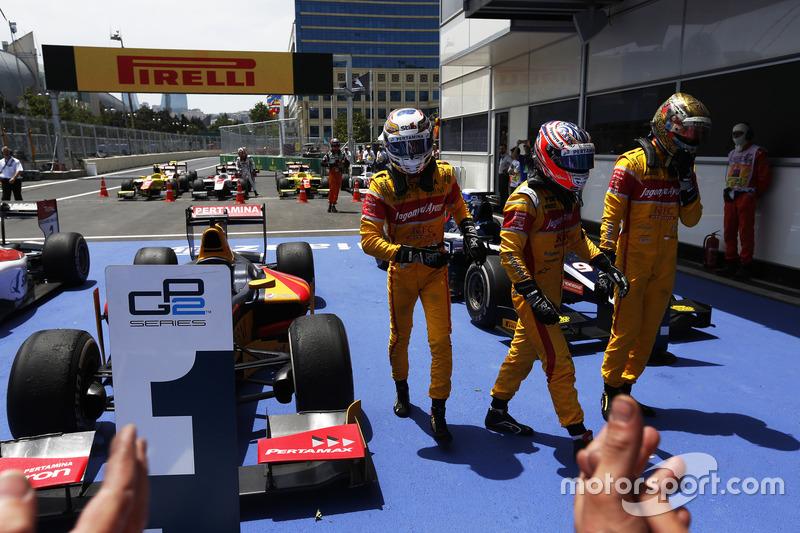 Ganador de la carrera Antonio Giovinazzi, PREMA Racing, Mitch Evans, Pertamina Campos Racing & Sean Gelael, Pertamina Campos Racing