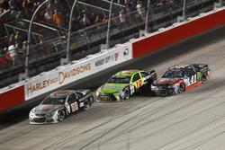 Jeff Gordon, Hendrick Motorsports Chevrolet, Kyle Busch, Joe Gibbs Racing Toyota, Kurt Busch, Stewart-Haas Racing Chevrolet