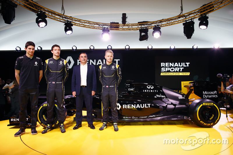 Карлос Гон и гонщики
