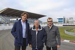 Menno de Jong, Hans Ernst, Bernhard van Oranje bij overname Circuit Park Zandvoort