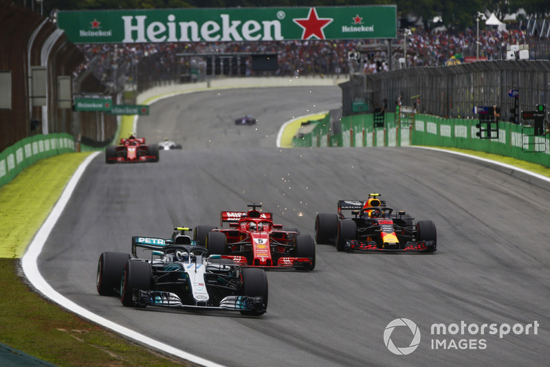 Valtteri Bottas, Mercedes AMG F1 W09, Sebastian Vettel, Ferrari SF71H, Max Verstappen, Red Bull Racing RB14
