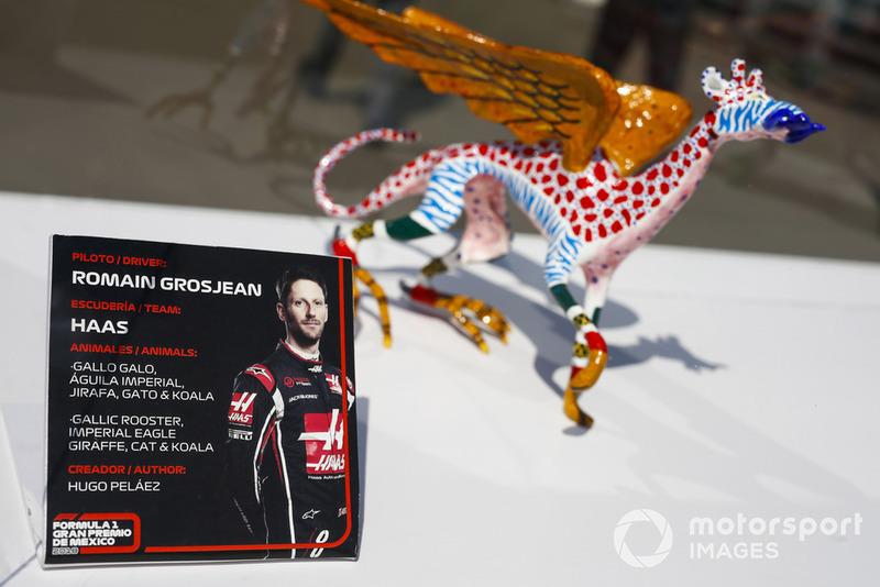 Гран Прі Мексики: статуетка Ромена Грожана, Haas F1 Team