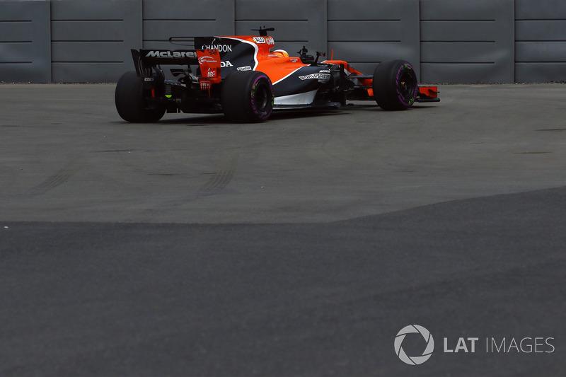 Defekt: Fernando Alonso, McLaren MCL32