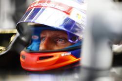 Romain Grosjean, Haas F1 Team, helmet visor raised