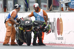 Johann Zarco, Monster Yamaha Tech 3 pushes his bike over the finish line