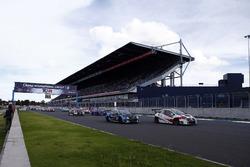 Start action, Giacomo Altoè, M1RA, Honda Civic TCR, Stefano Comini, Comtoyou Racing, Audi RS3 LMS