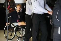 Britanya Formula 4 pilotu Billy Monger Mercedes garajında