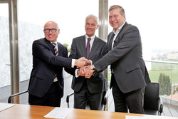 Matthias Müller, CEO of Volkswagen AG, Bernhard Maier, CEO of Skoda, and Günther Butschek, CEO and Managing Director of Tata Motors