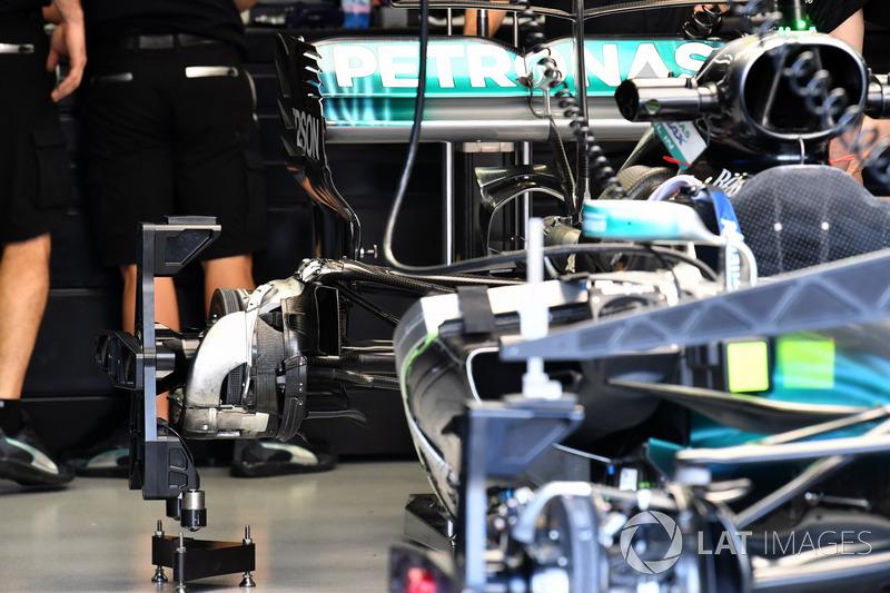 Mercedes-Benz F1 W08, Hinterradnabe