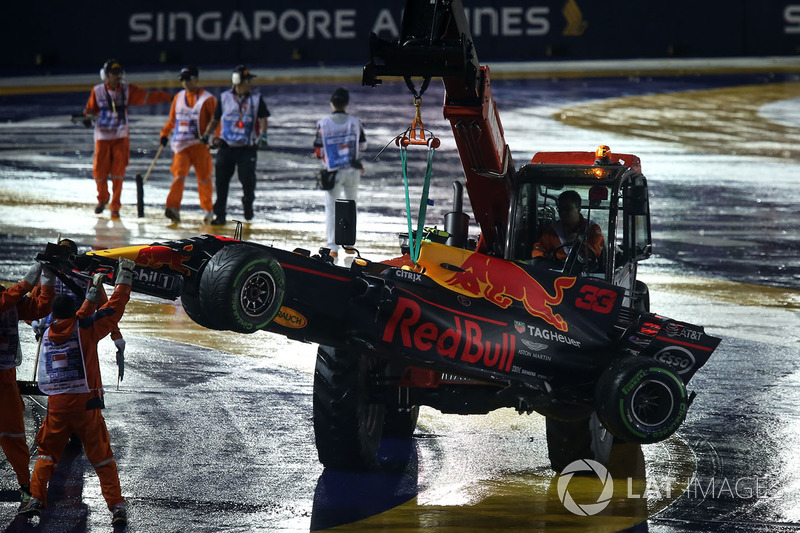 Abandon : Max Verstappen (Red Bull Racing)