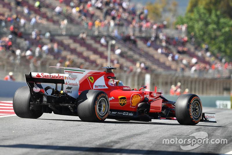 Себастьян Феттель, Ferrari SF70H: остановка в конце пит-лейна