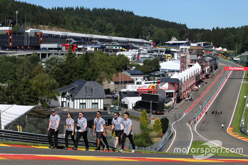 Pascal Wehrlein, Manor Racing e Rio Haryanto, Manor Racing