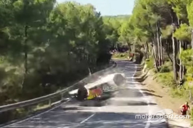 Crash: Andreas MIkkelsen, Andreas Jäger, Volkswagen Motorsport, Volkswagen Polo R WRC (Screenshot)