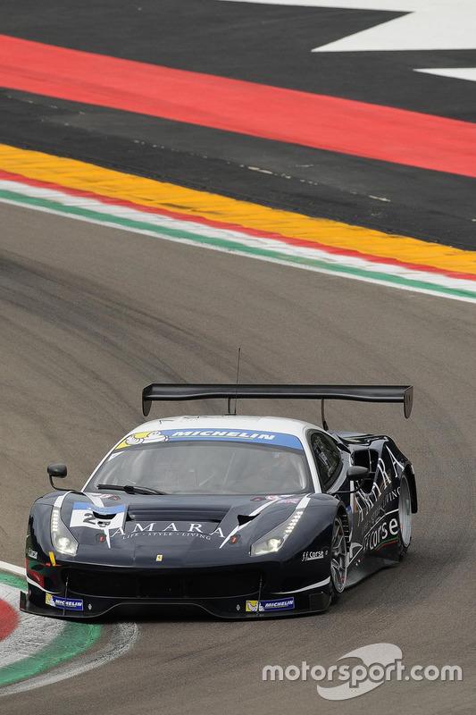 #25 FF Corse, Ferrari F488: Ivor Dunbar, Johnny Mowlem
