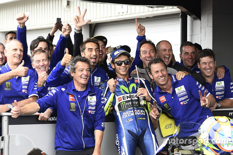 Third place Valentino Rossi, Yamaha Factory Racing in parc ferme
