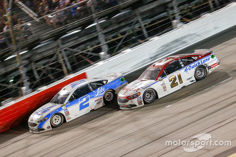 Brad Keselowski, Team Penske Ford, Ryan Blaney, Wood Brothers Racing Ford