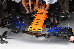 McLaren MCL33 nose and front wing detail