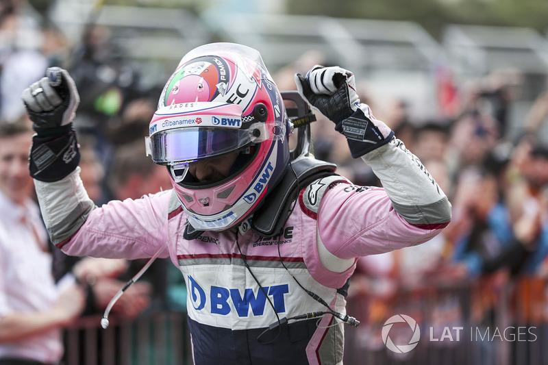 Gran Premio de Azerbaiyán: Pérez reina en Bakú, Leclerc sube al podio y Alonso lidera