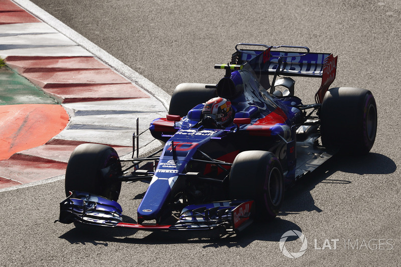 20. Pierre Gasly, Scuderia Toro Rosso STR12 *