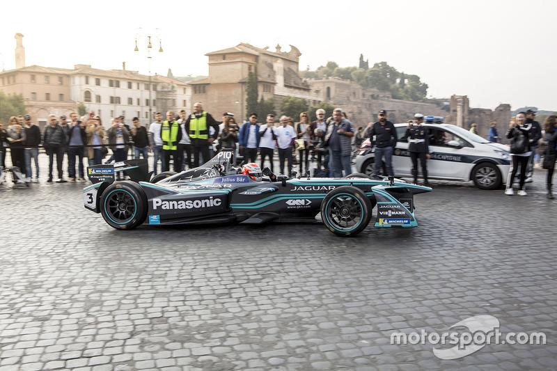 Nelson Piquet Jr., Panasonic Jaguar Racing