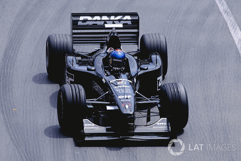 16. Pedro Diniz (98 GPs)