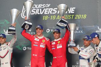 Podium GTE Pro: vainqueur #51 AF Corse Ferrari 488 GTE EVO: Alessandro Pier Guidi, James Calado