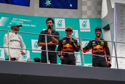 Race winner Lewis Hamilton, Mercedes AMG F1 Max Verstappen, Red Bull Racing and Daniel Ricciardo, Red Bull Racing celebrate on the podium, Mark Webber
