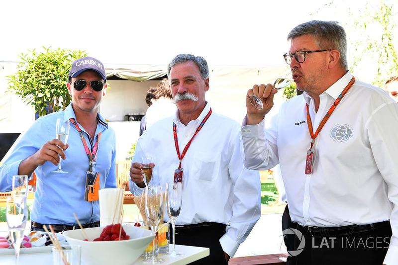 Алекс Мей, Чейз Кері, голова групи Формули 1, Росс Браун, керуючий директор Motor Sports F1