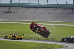 #124 Ferrari of Long Island Ferrari 488 Challenge: Jerome Jacalone, crash