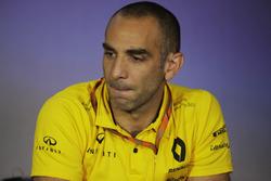 Cyril Abiteboul, Managing Director, Renault Sport F1 Team, tijdens de persconferentie van teambazen