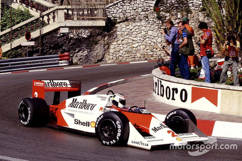 #2 : Stefan Johansson, McLaren MP4/3, TAG-Porsche