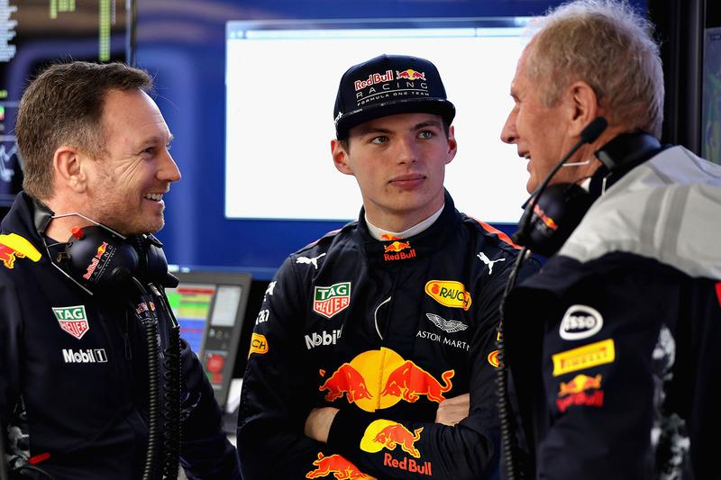 Max Verstappen, Red Bull Racing; Christian Horner, Red Bull Racing, Teamchef; Dr. Helmut Marko, Red