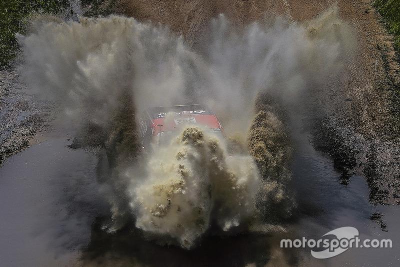 1. #302 Toyota Gazoo Racing Toyota: Жіньєль де Вільєр, Дірк фон Цітцевітц