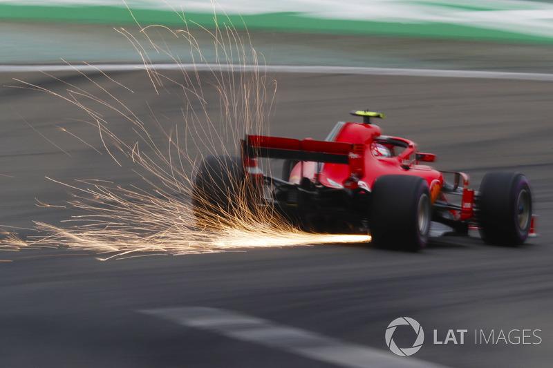 Sebastian Vettel, Ferrari SF71H, strikes up sparks
