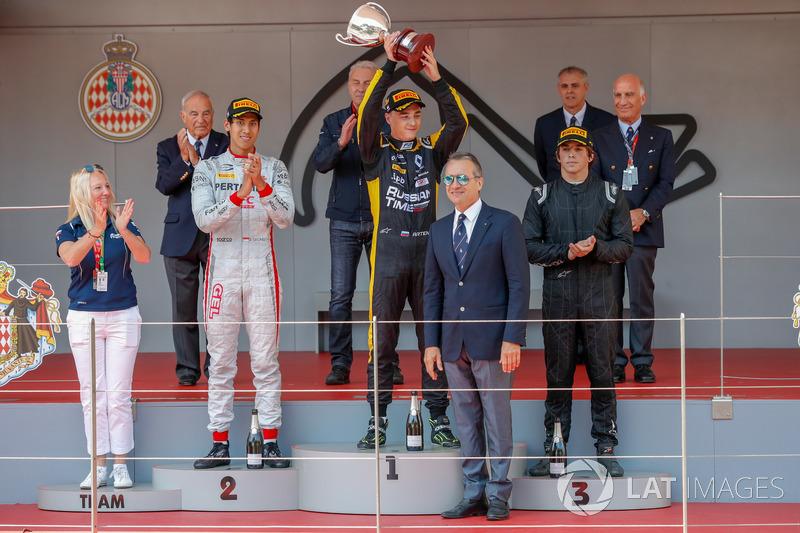 Podio: ganador de la carrera Artem Markelov, RUSSIAN TIME, segundo lugar Sean Gelael, PREMA Racing, tercer lugar Roberto Merhi, MP Motorsport