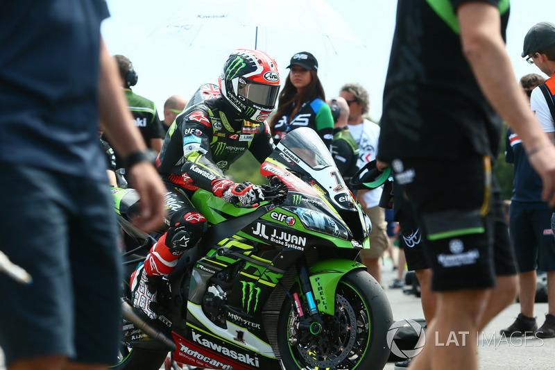Le vainqueur : Jonathan Rea, Kawasaki Racing