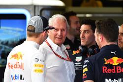 Max Verstappen, Red Bull Racing, Dr Helmut Marko, Red Bull Motorsport Consultant and Christian Horner, Red Bull Racing Team Principal