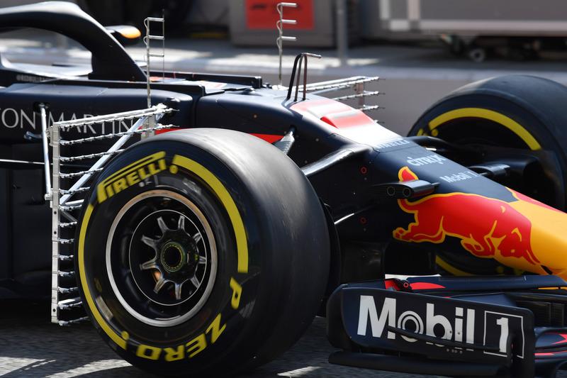 Red Bull Racing RB14 ve aero sensörü