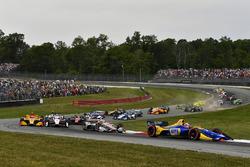 Alexander Rossi, Andretti Autosport Honda, Will Power, Team Penske Chevrolet, start