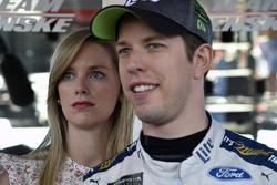 Brad Keselowski, Team Penske Ford, mit Ehefrau Paige