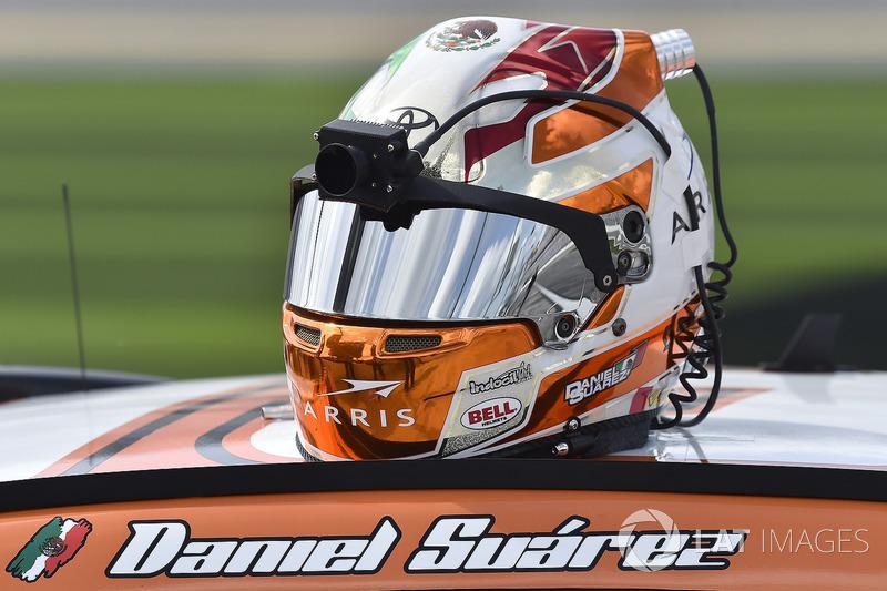 https://cdn-9.motorsport.com/images/mgl/2QwybnJ6/s8/nascar-cup-daytona-500-2018-daniel-suarez-joe-gibbs-racing-toyota.jpg