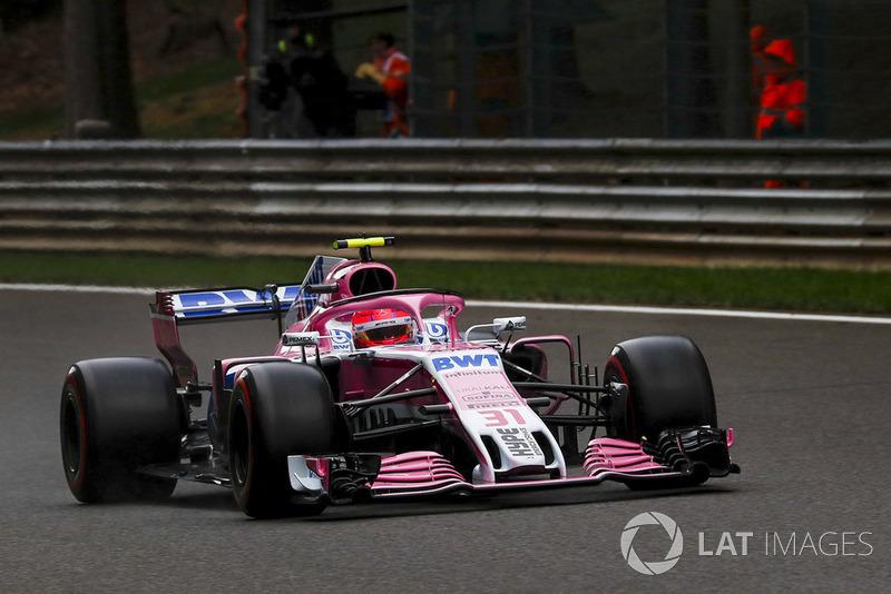 3: Естебан Окон, Racing Point Force India VJM11, 2'01.851