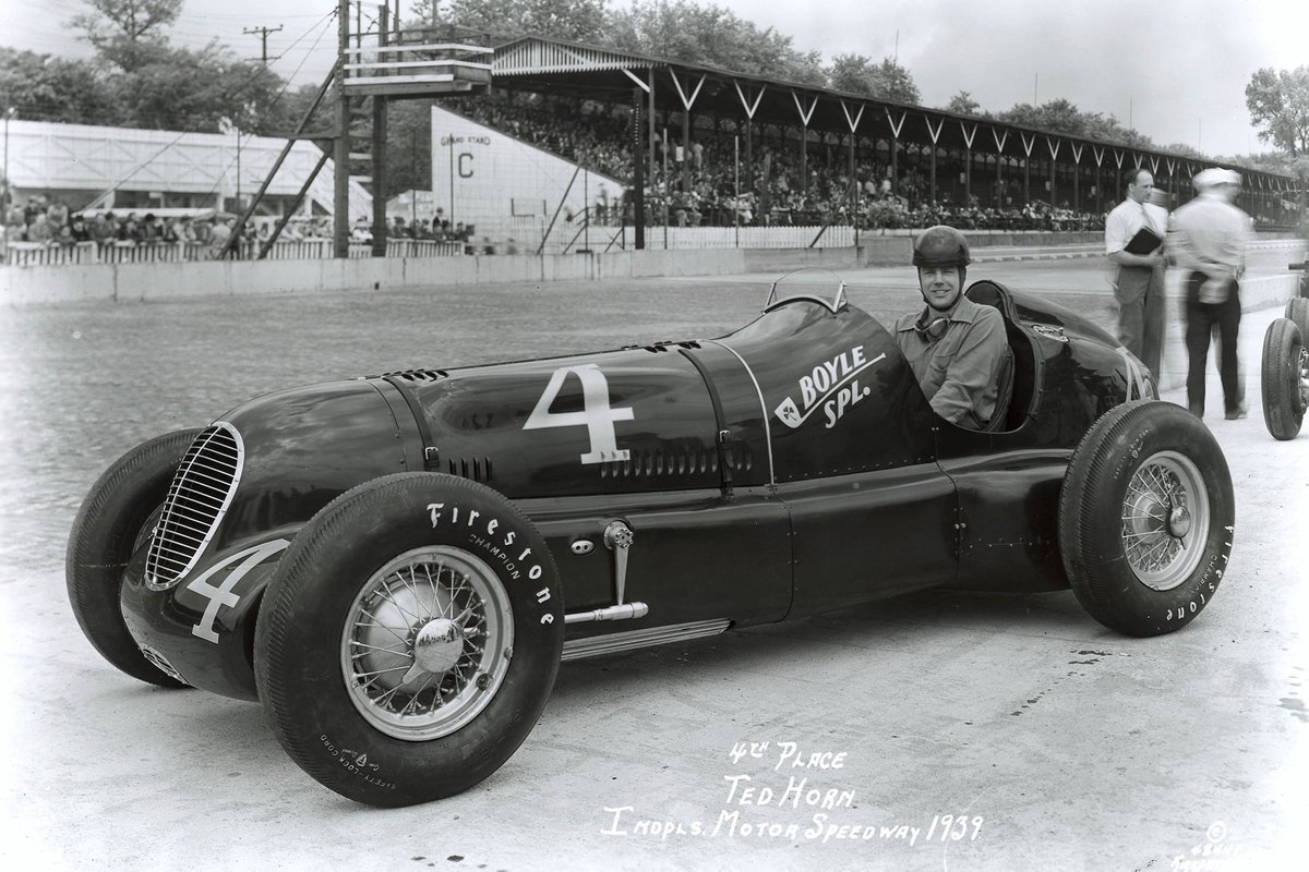 A move to Cotton Henning's team in 1939 to drive the Boyle Special promised much and Horn qualified fourth but luck continued to elude him on race days.