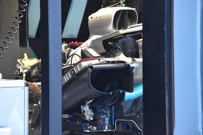 Detalle del motor Mercedes AMG F1 W10