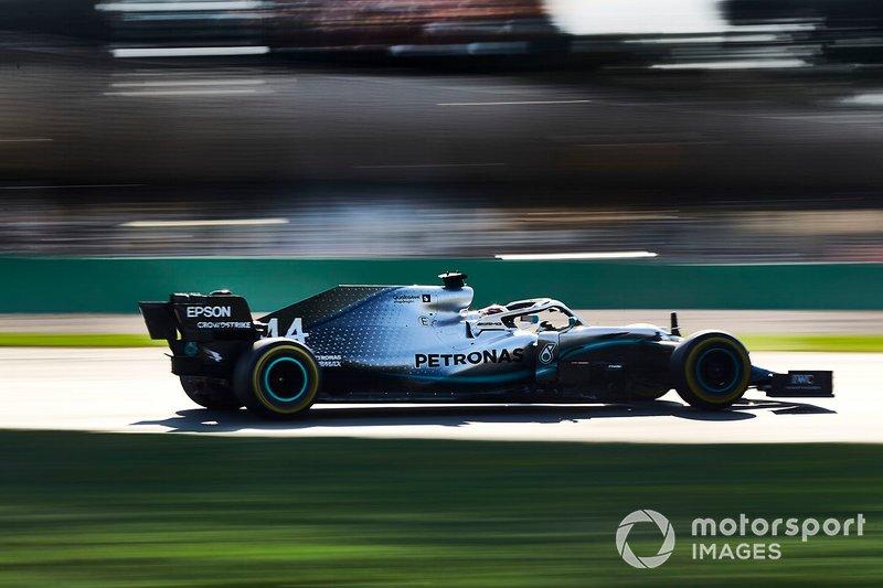 Hamilton recibe un impulso extra para intentar la vuelta rápida